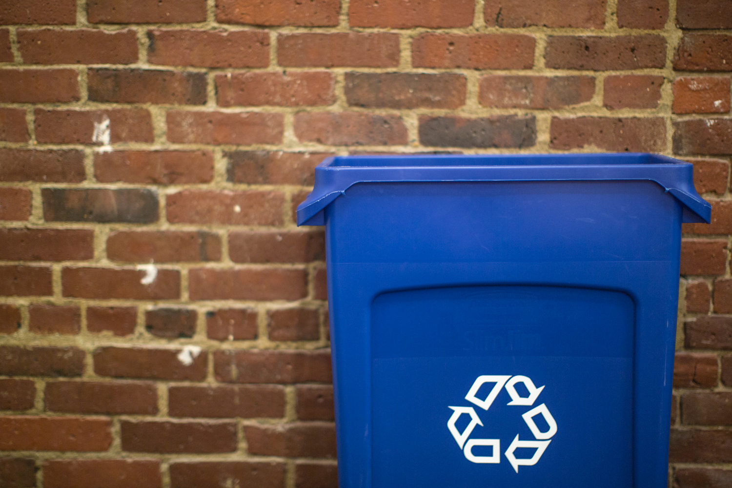 DCN responds to Extended Producer Responsibility proposals for waste services